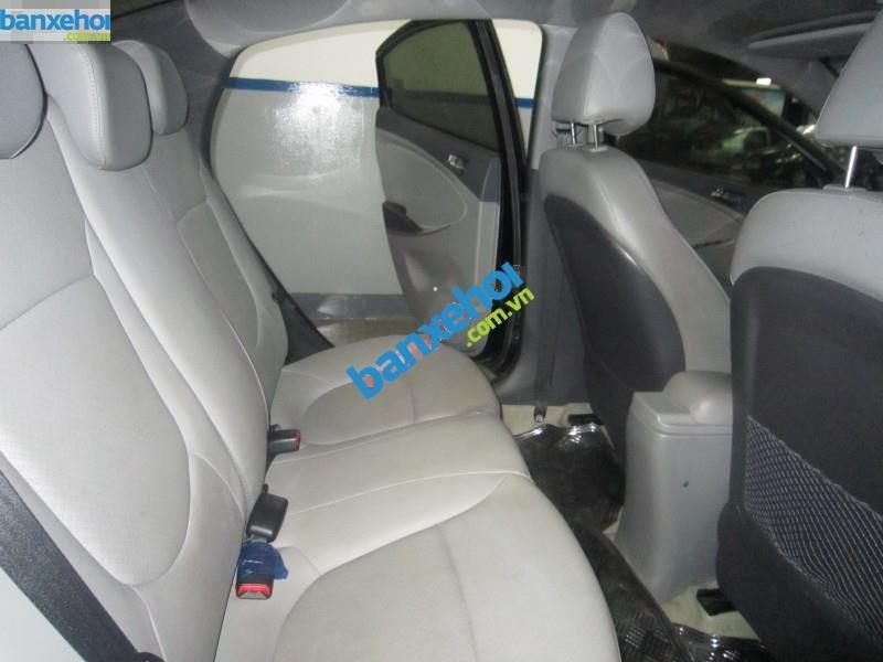 Xe Hyundai Accent 1.4AT 2013-8