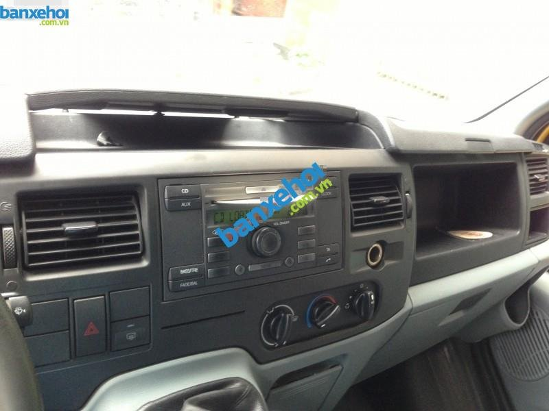 Xe Ford Transit  2007-3