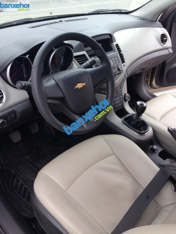Xe Chevrolet Cruze LS 2012-4