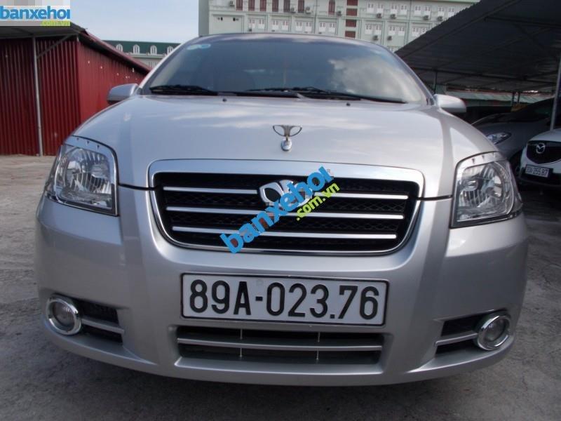 Xe Daewoo Gentra  2011-4
