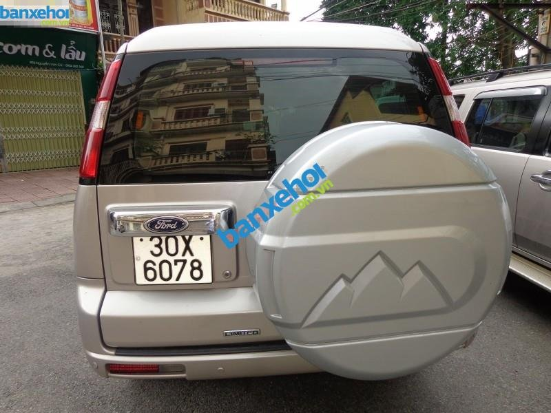 Xe Ford Everest Limited 2010-0
