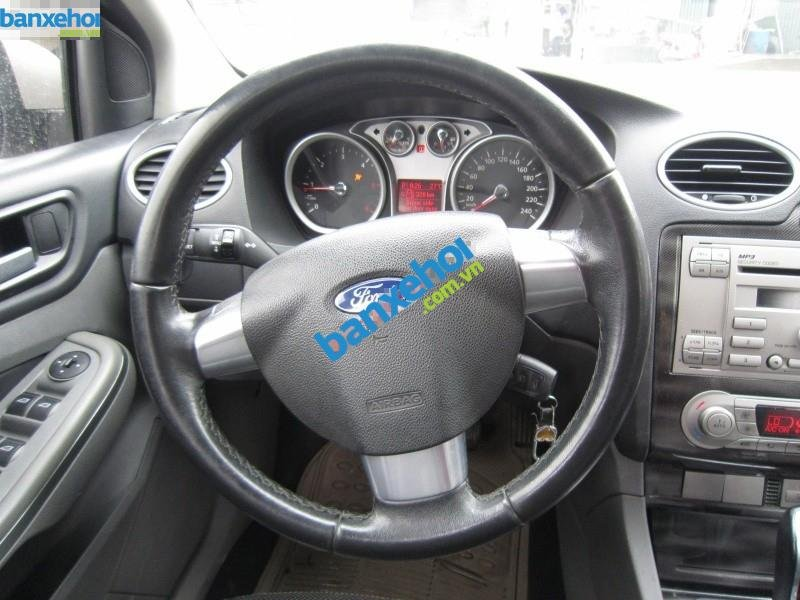 Xe Ford Focus  2009-4