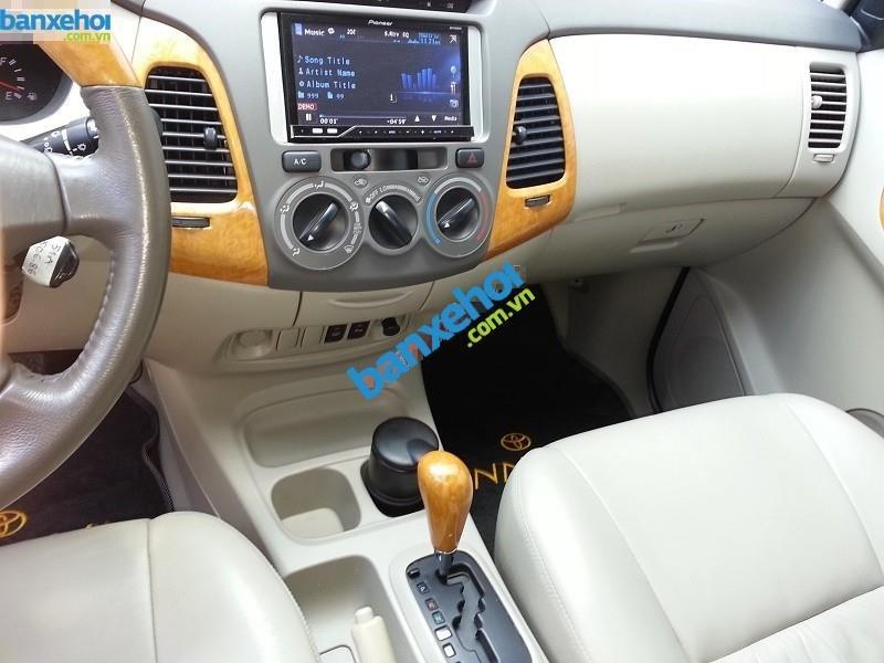 Xe Toyota Innova V 2009-5