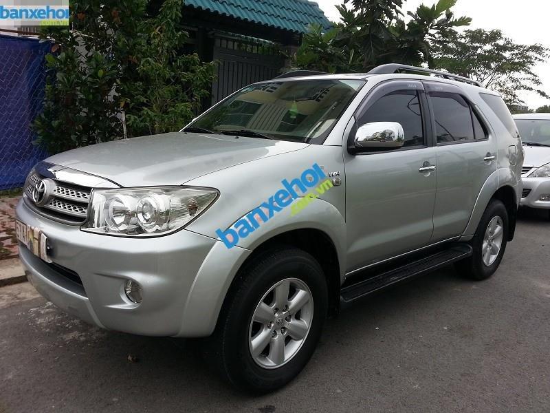 Xe Toyota Fortuner V 2009-3