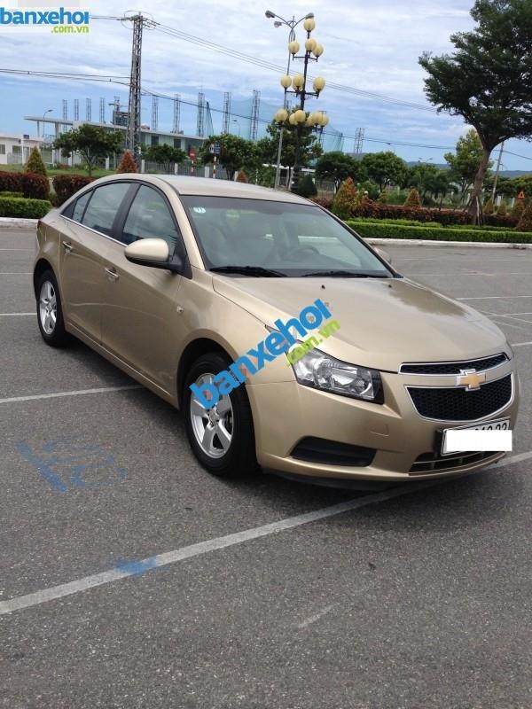 Xe Chevrolet Cruze LS 2012-1