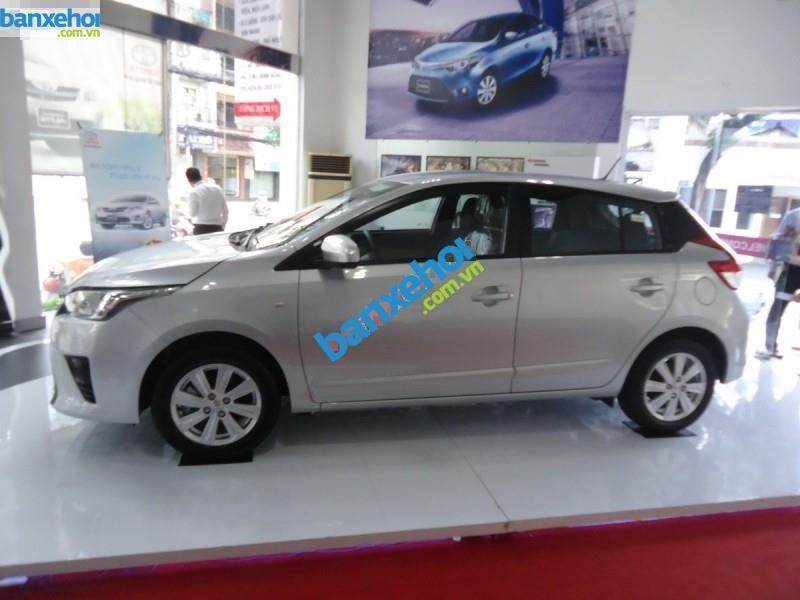Xe Toyota Yaris E 2014-5
