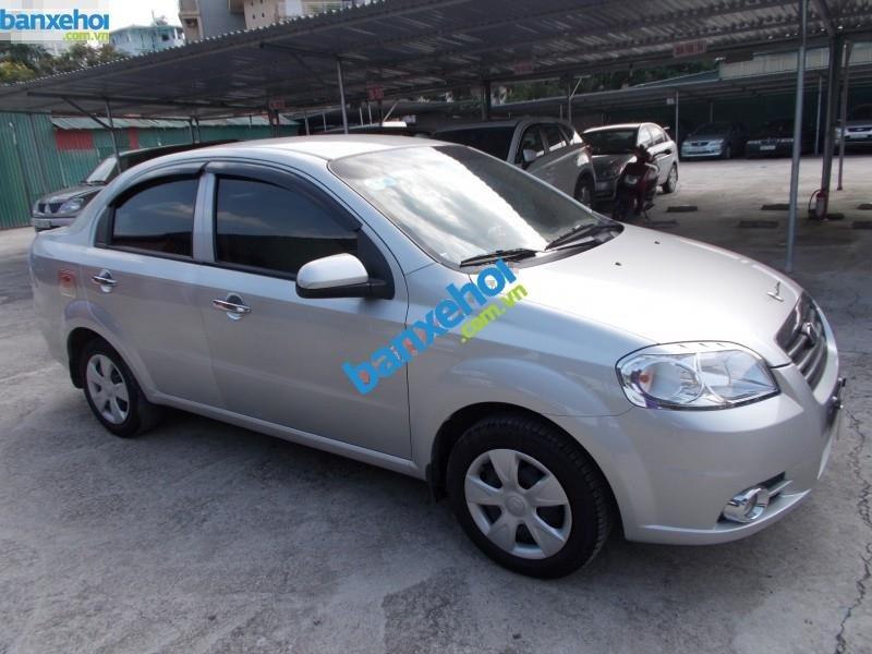 Xe Daewoo Gentra 1.5 2011-5