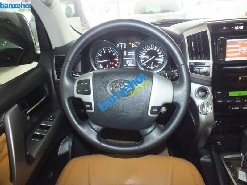 Xe Toyota Land Cruiser VX V8 2013-8