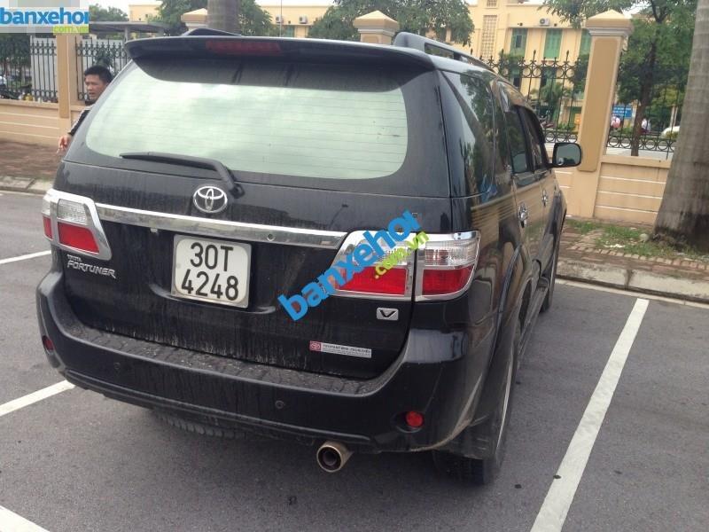 Xe Toyota Fortuner V 2009-4