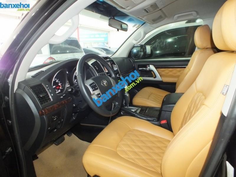 Xe Toyota Land Cruiser VX V8 2013-5