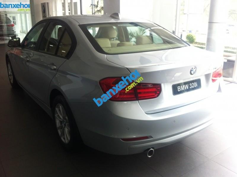 Xe BMW 3 Series 320i 2014-2