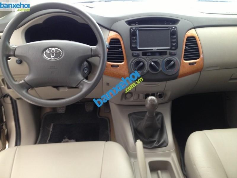 Xe Toyota Innova G SR 2011-3