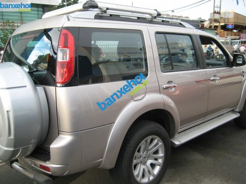 Xe Ford Everest 2.5L AT 2014-3