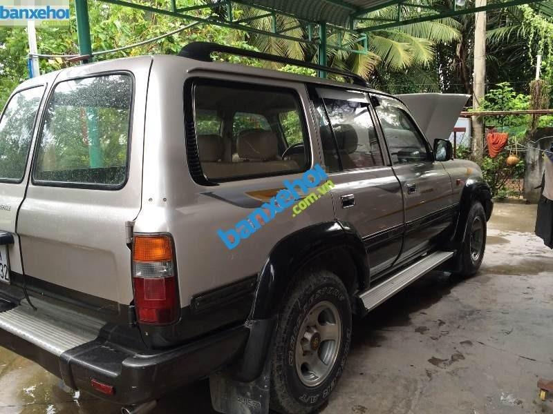Xe Toyota Land Cruiser 4WD 1990-1