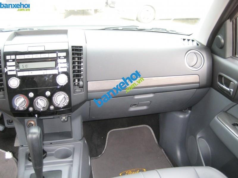 Xe Ford Everest 2.5L AT 2014-9