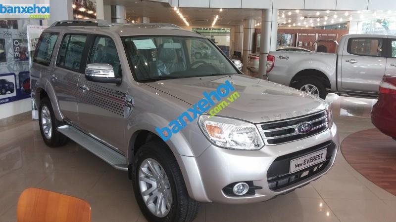 Xe Ford Everest 4x2 AT limited 2014-2