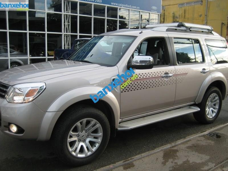 Xe Ford Everest 2.5L AT 2014-1
