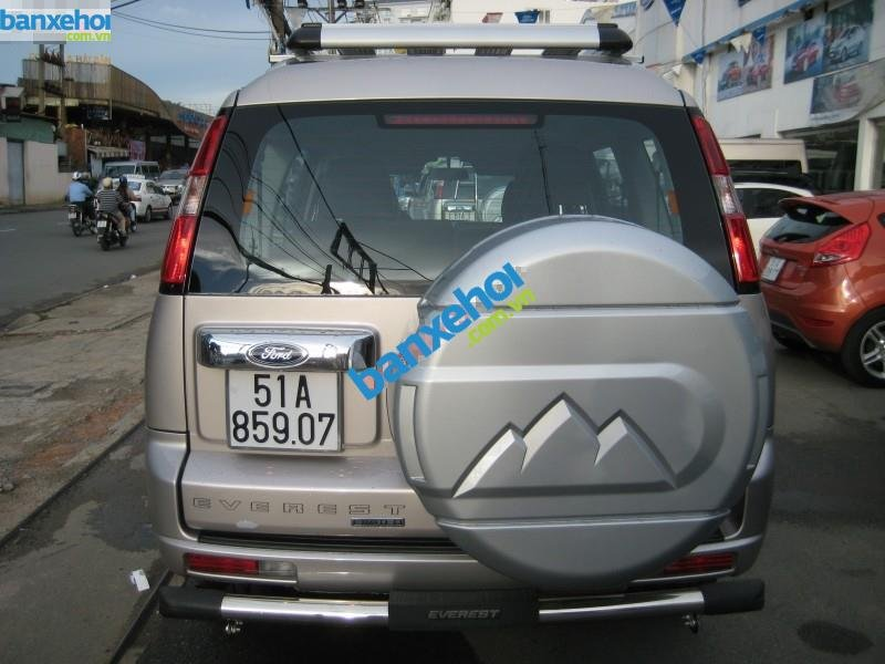 Xe Ford Everest 2.5L AT 2014-5