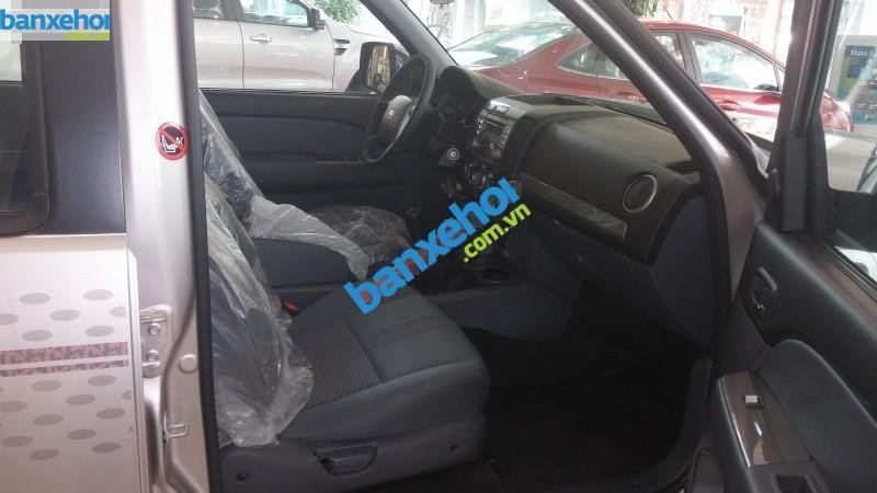 Xe Ford Everest 4x2 AT limited 2014-3