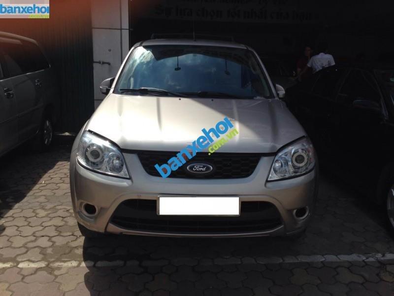 Xe Ford Escape XLS 2013-1