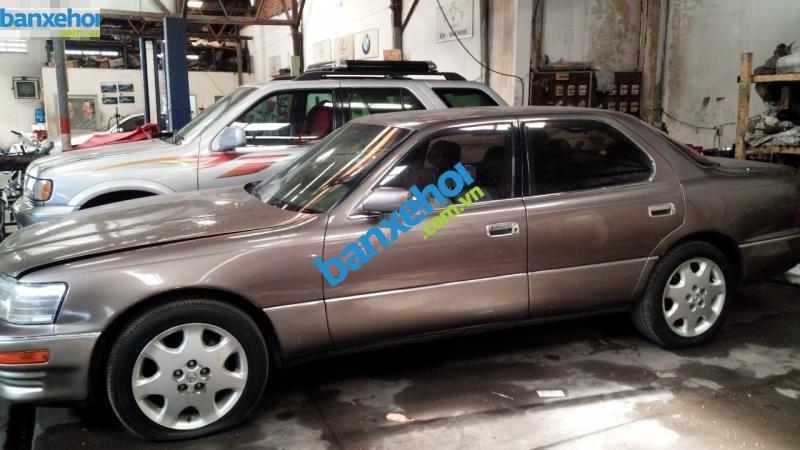 Bán lại xe Lexus LS 400 sản xuất năm 1992, màu nâu, xe nhập-1