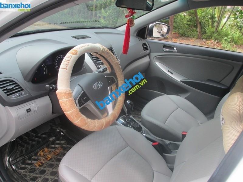 Xe Hyundai Accent 1.4 2013-5
