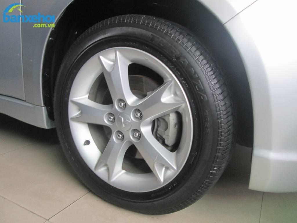 Xe Mitsubishi Grandis  2008-5