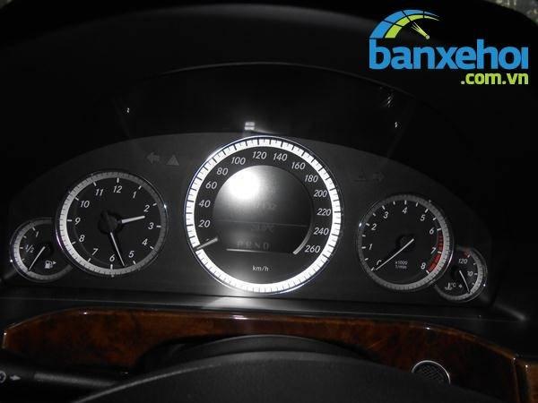 Xe Mercedes-Benz E class 200 2009-8