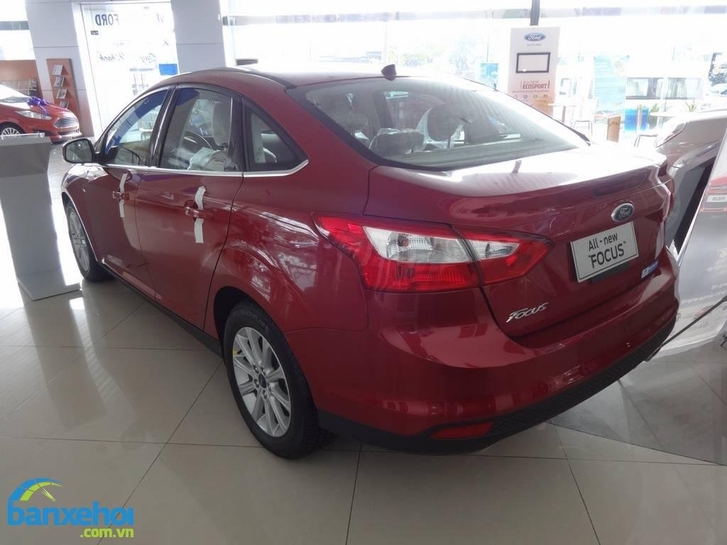 Xe Ford Focus  2014-4