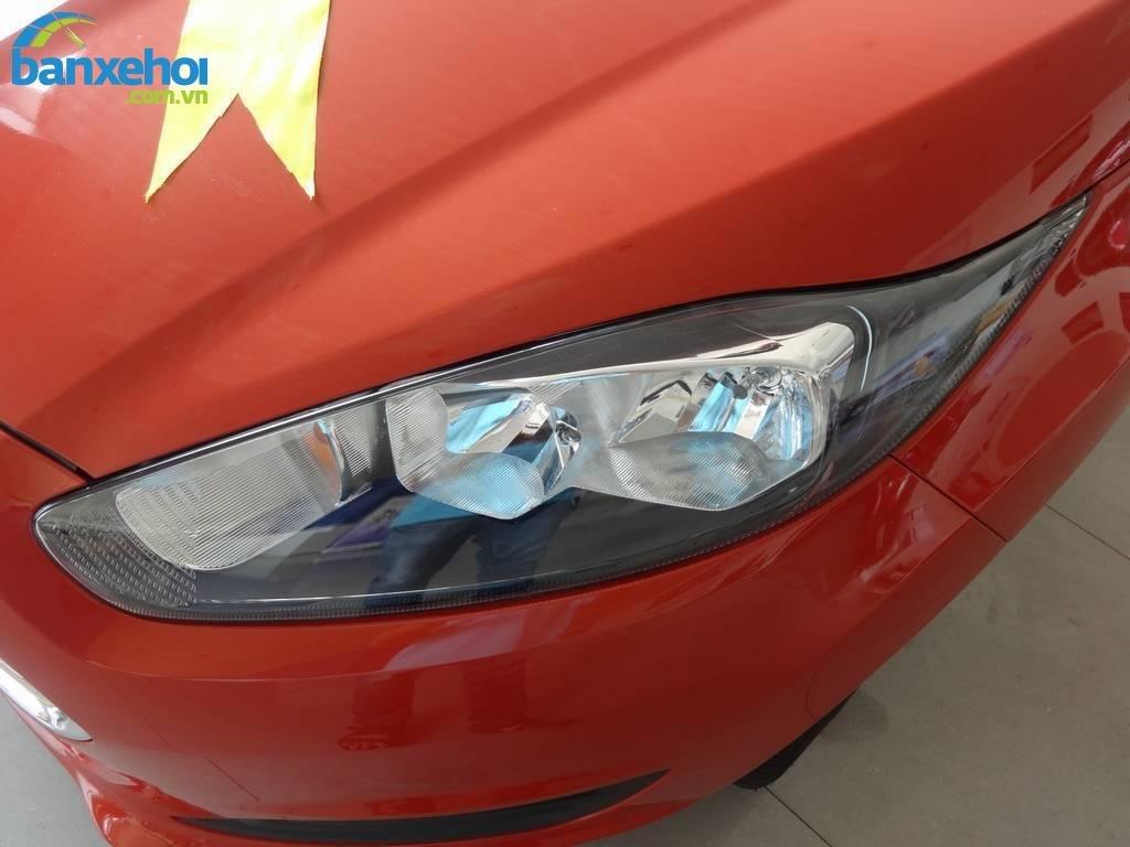Xe Ford Fiesta  2014-2