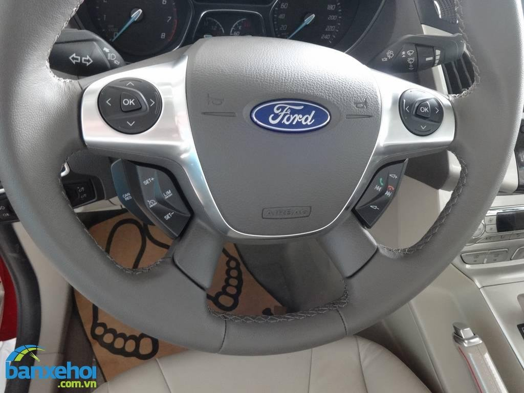 Xe Ford Focus  2014-11