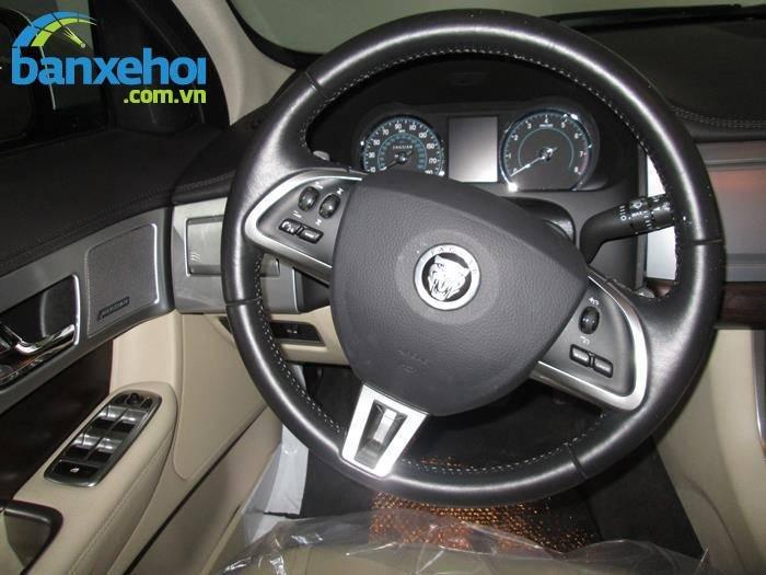 Xe Jaguar XF  2013-7