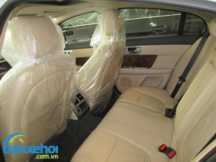 Xe Jaguar XF 2 2013-10