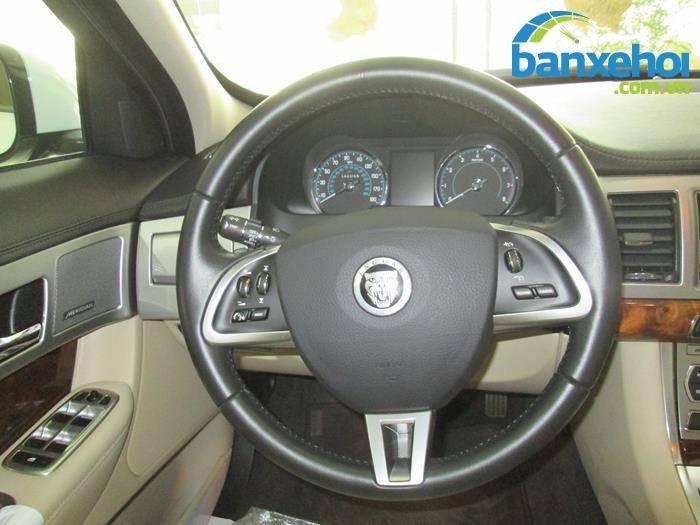 Xe Jaguar XF 2 2013-8