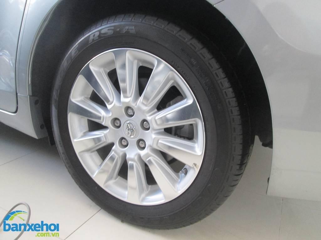 Xe Toyota Sienna  2013-5