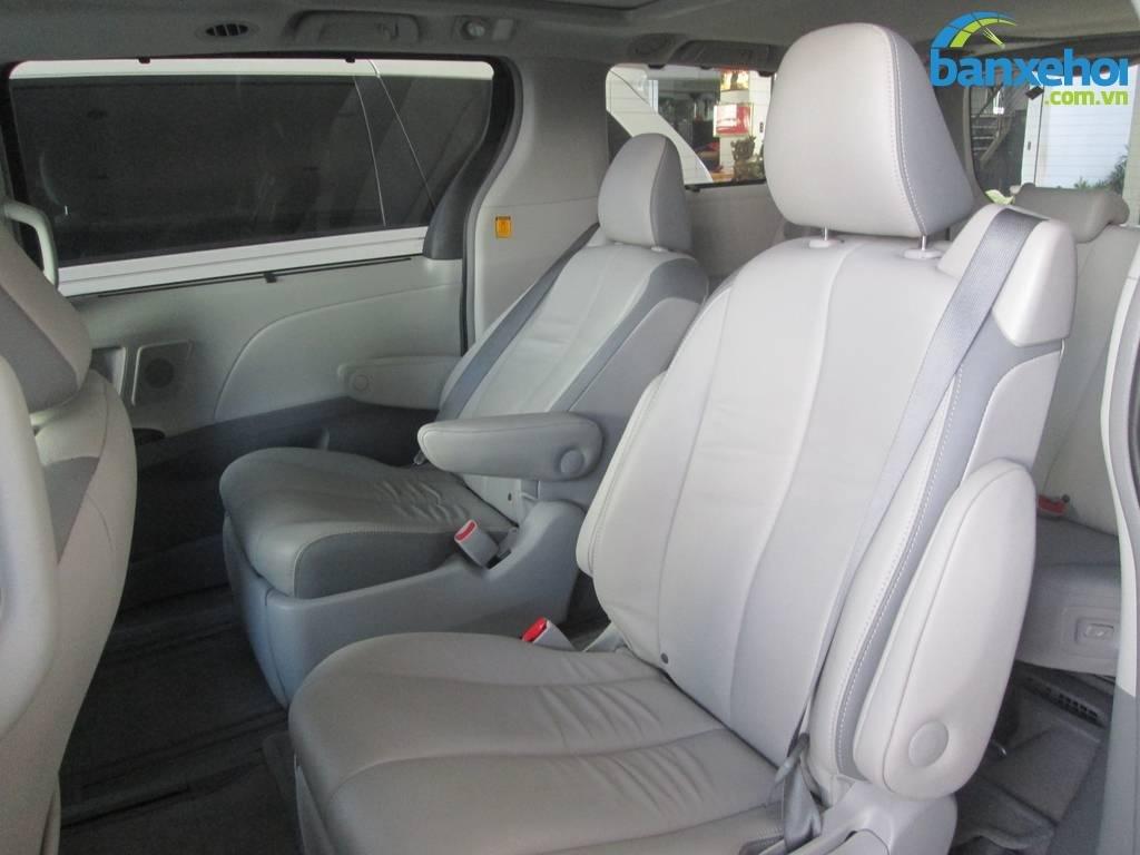 Xe Toyota Sienna  2013-10