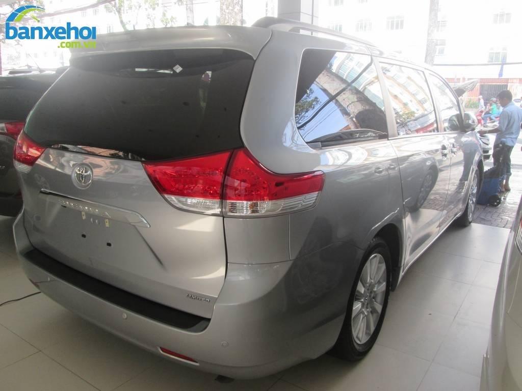Xe Toyota Sienna  2013-3