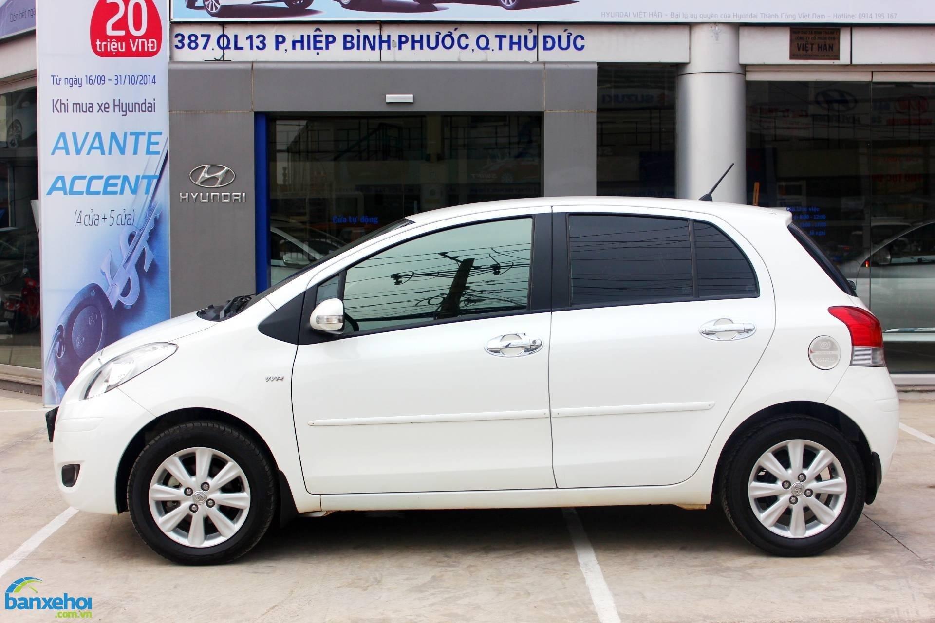 Xe Toyota Yaris  2012-3