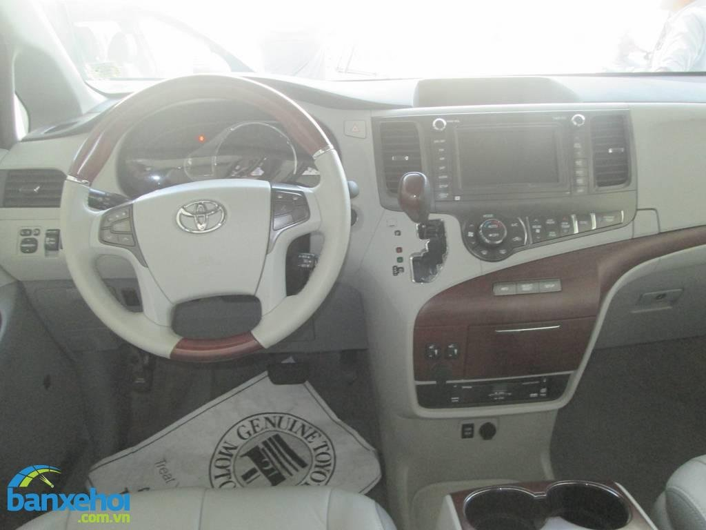 Xe Toyota Sienna  2013-7