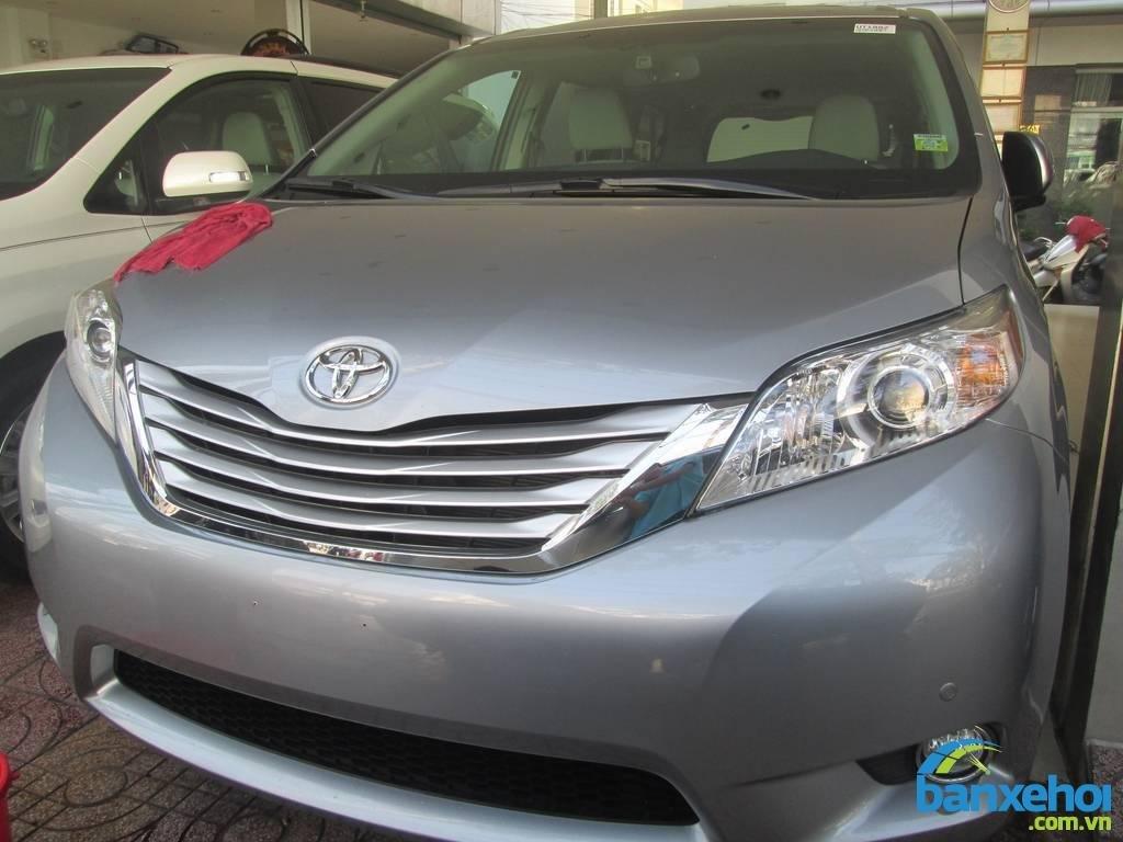 Xe Toyota Sienna  2013-0