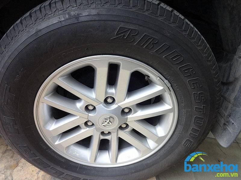 Xe Toyota Fortuner  2013-5