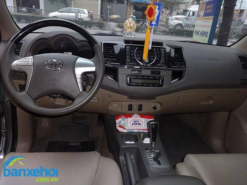 Xe Toyota Fortuner  2013-7