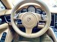 Porsche Panamera 4S nhập 2011 Executive full option hộp số tự động 7 cấp, vô lăng tích hợp phím điều khiển âm thanh6