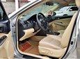 Toyota Camry 2.0E, 2015 chính hãng. Bao test xe - Liên hệ giá giảm6