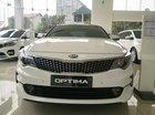 Bán xe Kia Optima GAT sản xuất 2018, màu trắng, hỗ trợ trả góp, LH 0938.988.726