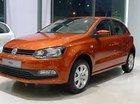 Giá xe Polo Hacthback màu cam, xe nhập. LH Hương: 0902.608.293 để xem xe tại showroom