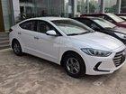Cần bán xe Hyundai Elantra màu trắng, tháng 01 khuyến mại full đồ - 0961637288