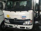 Bán xe Hino 4T5 XZU 720, trả góp 90%, giá siêu rẻ