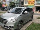Cần bán Toyota Innova V đời 2016, màu bạc
