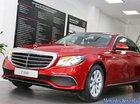 Bán xe Mercedes E200 màu đỏ, giá tốt, giao xe ngay